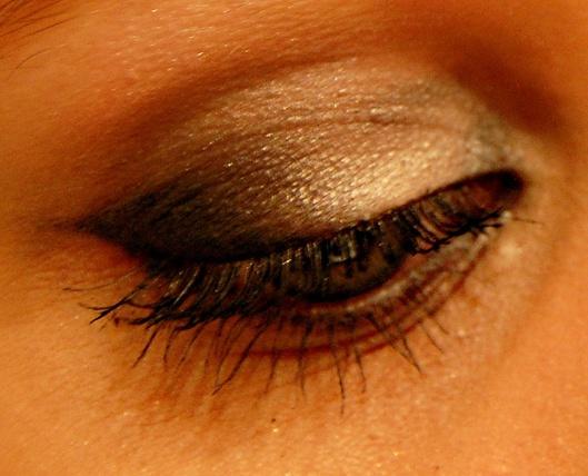 sølv og sort makeup nytår