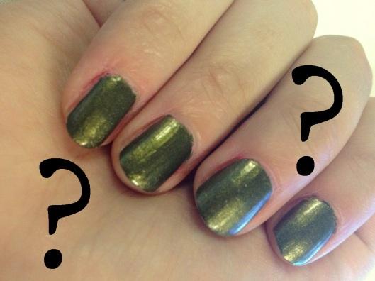 armygrøn neglelak